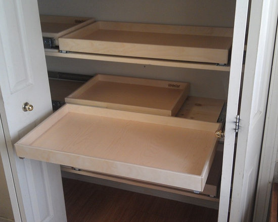 Blind Corner Cabinet Solutions, Lazy Susans & Glide-Arounds