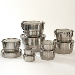 Contemporary Food Storage Containers by Green Home