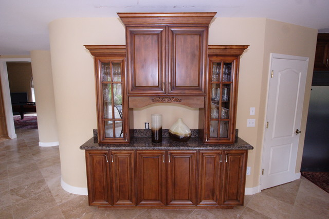 Hennessey Cabinets traditional-kitchen-cabinetry