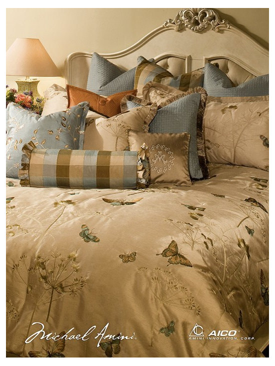 AICO Furniture - Chelsea Luxury Bedding Sets - BCS-KS13-CHELSE-MUS - Chelsea Court Top of Bed Set. 13 Piece King Size
