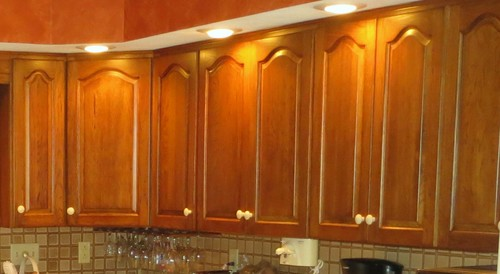 Need advise from cabinet builder: how to route cathedral cabinet door