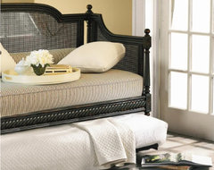 Louis Daybeds traditional-daybeds
