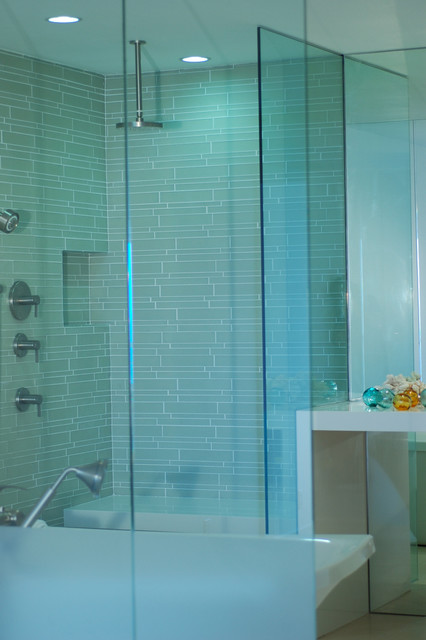 Island Stone Linear Glass Bathroom 2 modern-tile