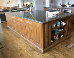 White River Hardwoods 800-558-0119 | Kitchen Gallery | Hardwood Mouldings & Arch