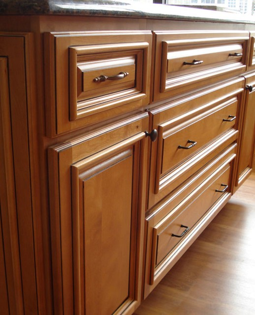 Kitchen Cabinet Door Molding: Applied Molding On Cabinet Doors