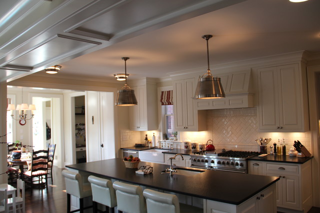 Andal traditional-kitchen