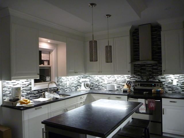 Silvino's Kitchen contemporary