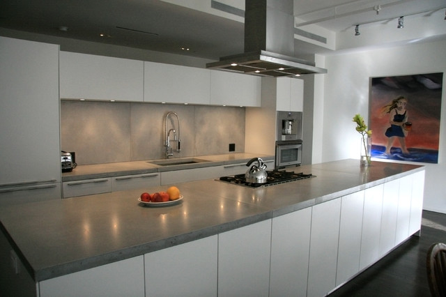 Concrete kitchen countertops modern kitchen for Contemporary kitchen countertops
