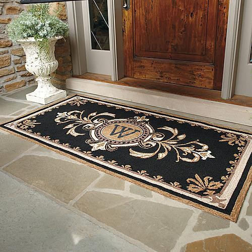 Huntington Monogrammed Entry Mat Traditional Doormats