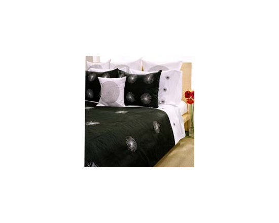 Sea Star Bedding Set by Jiti Bedding - Lush doesn`t have to mean loud. With 100% silk bedding you can surround yourself in luxurious exotic colors and textures without the garishness that often gets passed off as multiculti design.