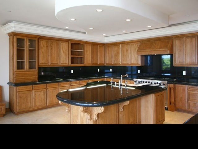 Exterior paint jobs kitchen cabinets with custom lacquer for Kitchen cabinets jobs