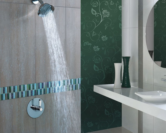 "5"" Rose Shower Head with Square Sequential Valve - his Hudson Reed Shower system includes a Rose style shower head with a 5"" Diameter and a cranked shower arm that projects 7"" out of the wall"