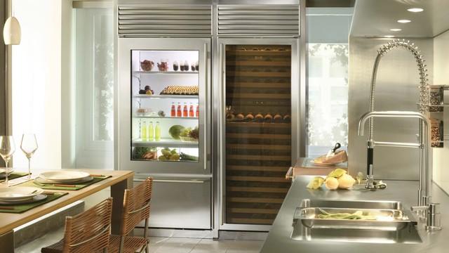 SUB-ZERO 650G 21 CU FT REFRIGERATOR/FREEZER modern-refrigerators