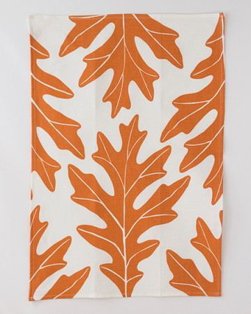 Oak Leaf Tea Towel, Copper contemporary dishtowels