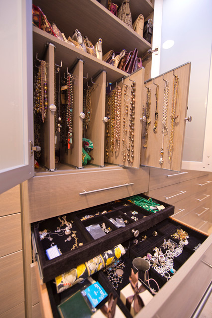 Woman's Dream Walk In Closet - Modern - Closet - new orleans - by Ultimate Storage Systems