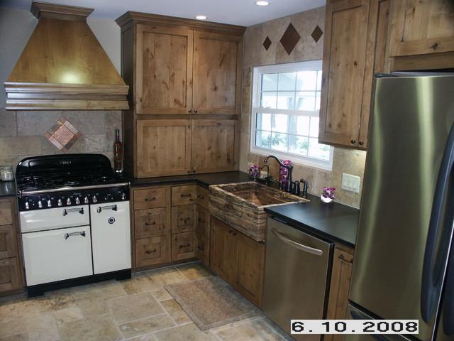 Knotty Alder kitchen kitchen-cabinets