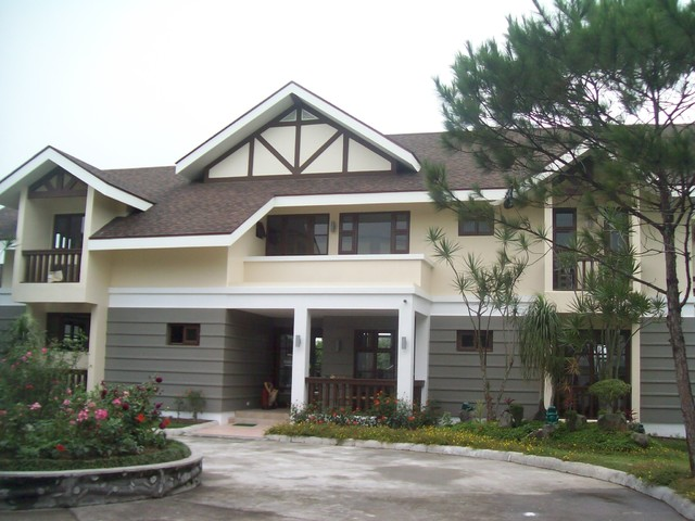 Tagaytay Vacation House contemporary