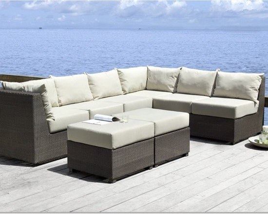 Zenna Outdoor Sectional Sofa Set - Modern, clean lined styling styling meets 5 pieced versatility with this Zenna Patio Sectional Sofa Set.