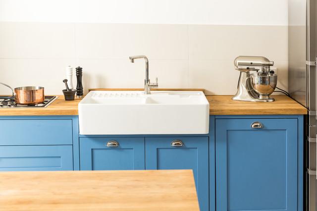 blaue shaker k che farmhouse kitchen other metro. Black Bedroom Furniture Sets. Home Design Ideas