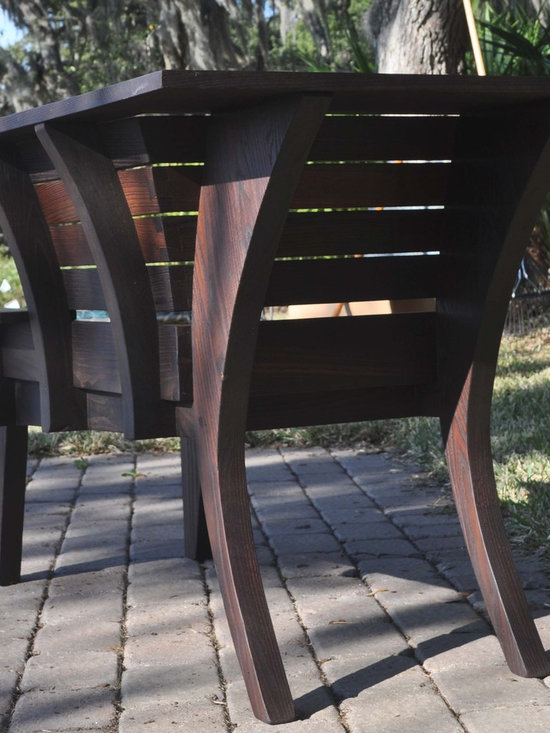 Oma Bench - Rear view of the bench.