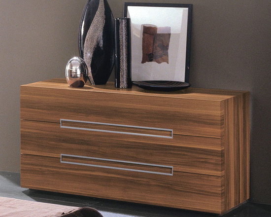Gap 3 Drawer Dresser By Rossetto - The Gap 3 Drawer Dresser offers three spacious drawers Warm earth tones and natural simplicity is at the center of the Gap 3 Drawer Dresser. A highlight of the Gap Bedroom Collection,it features a walnut finish that is sophisticated and inviting.