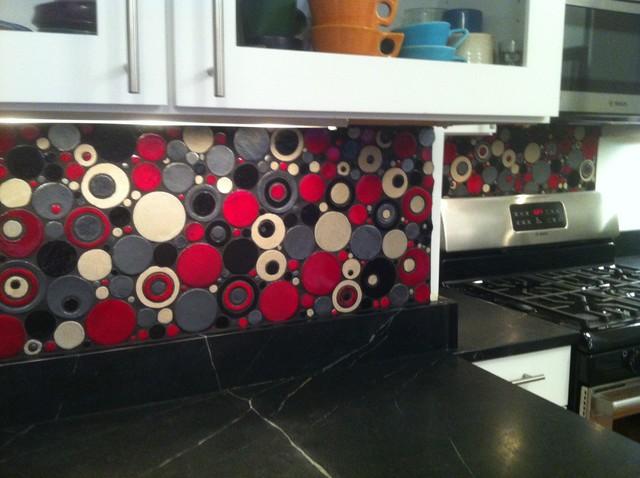 Bubblicious Backsplash eclectic-tile