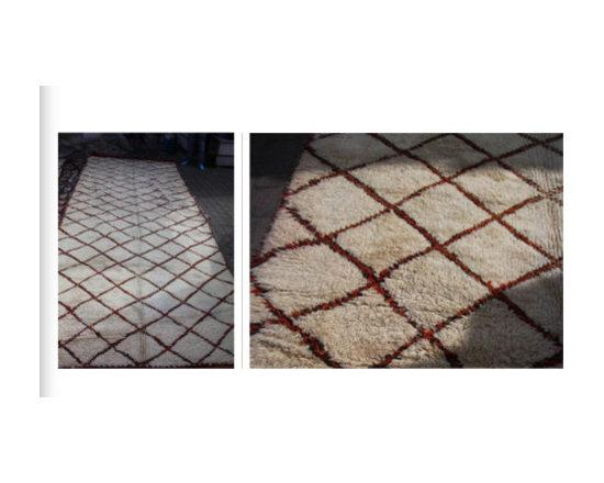 carpets from morocco - 2.20 x 3.5 red blk cream geo design rare color combo
