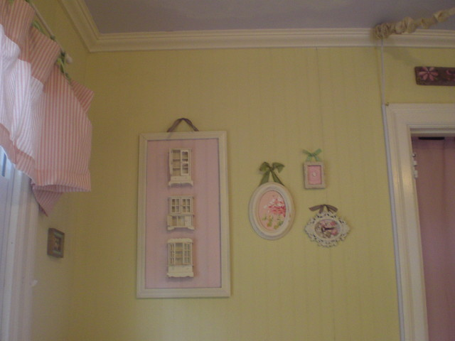 Little Girls Cottage Bedroom traditional kids