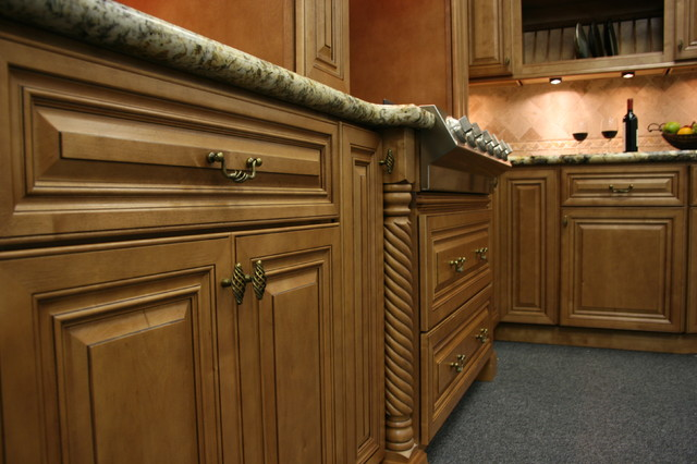 Kitchen Cabinets CINNAMON MAPLE GLAZED BuilderElements com JPG