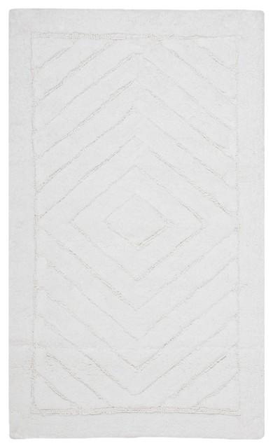 Safavieh Plush Master Bath PMB635W White Area Rug traditional-carpet-tiles
