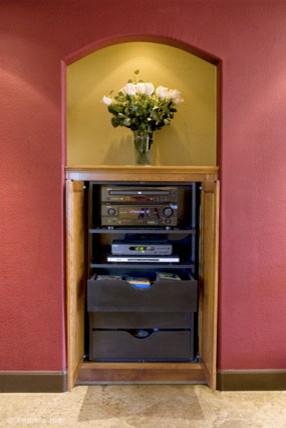 Fein Resident modern-media-storage