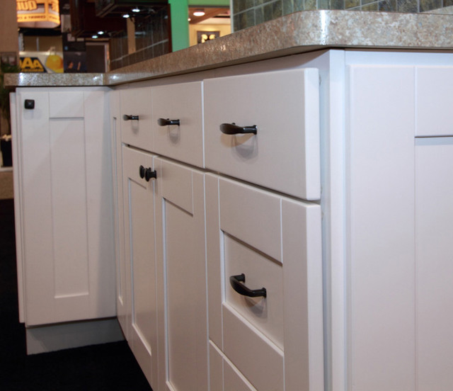 Windham Elite Series RTA Kitchen Cabinets - by Custom Service Hardware, Inc