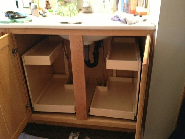 Glide out bathroom shelves bathroom cabinets and shelves for Bathroom under sink organizer