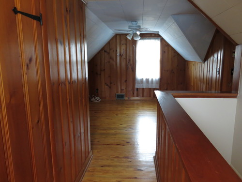 Help Empty And Outdated 1950 S Cape Cod Second Floor