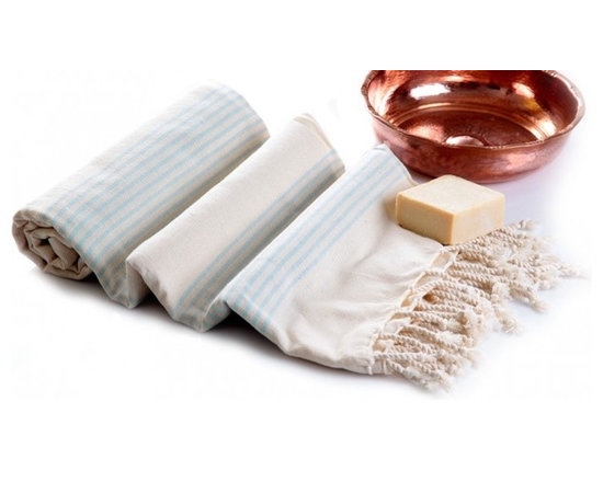 Turkish Hammam - Made of 100 % cotton. It is natural, hygienic, highly permeable, antistatic, refractory, absorbent and does not irritate the skin due to being super soft. Suitable as a hand towel or hair towel. This product can be used as set with a bath pestemal.