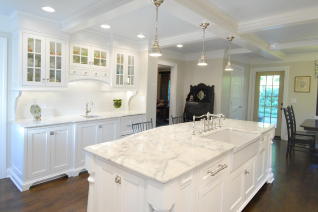 Marble And Granite Countertops : has gorgeous calacatta marble and red wine stains and all