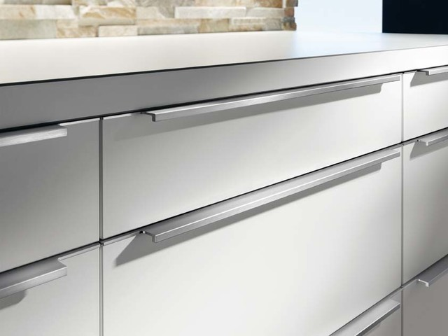 Drawer pull - Modern - Kitchen - other metro