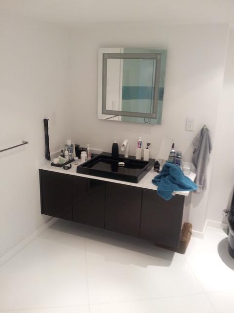 Tower of Key Biscayne - Modern modern-bathroom
