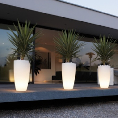 pure soft high light eclectic outdoor lighting by posh patio. Black Bedroom Furniture Sets. Home Design Ideas