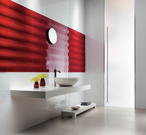 Red Wall Bathroom: Red Feature Wall Bathroom