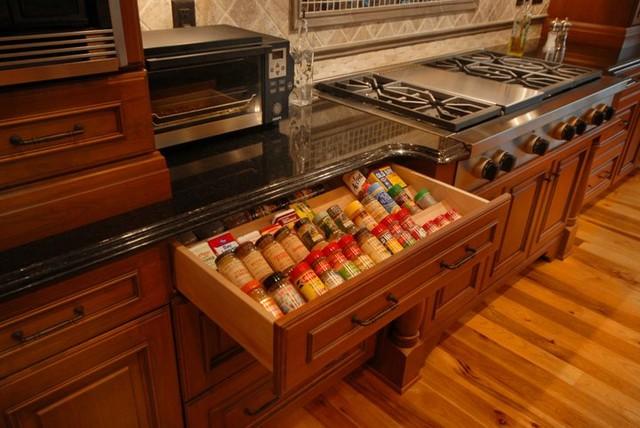 Smithport Pics traditional-kitchen