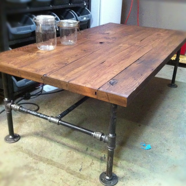 DIY coffee table barn wood and plumbing pipe