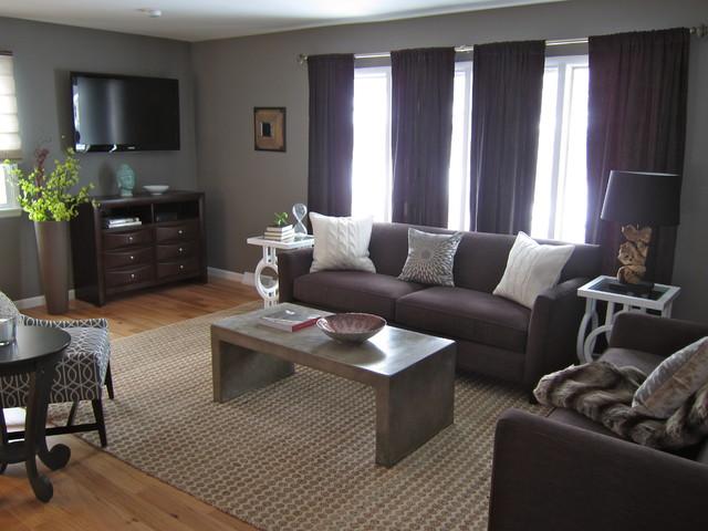 Remodeled '50s Split-Level living-room