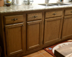 Staining oak cabinets with gel stain - but cabinet sides veneer ...