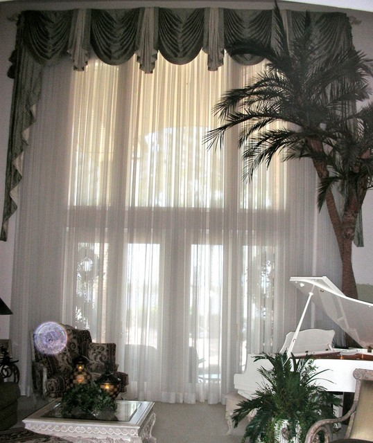 Traditional Window Treatments Living Room: A Very Large Window