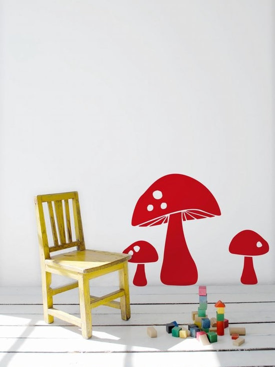 Ferm Living Mushroom WallSticker - With Ferm Living WallStickers it is easy to create a new look and change the style in a room in a matter of minutes. By using WallStickers, your kids can also help decorate their own room in an array of colors.