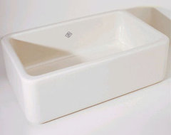 Rohl C3018WH Shaws - Fireclay Apron Front - White traditional kitchen sinks