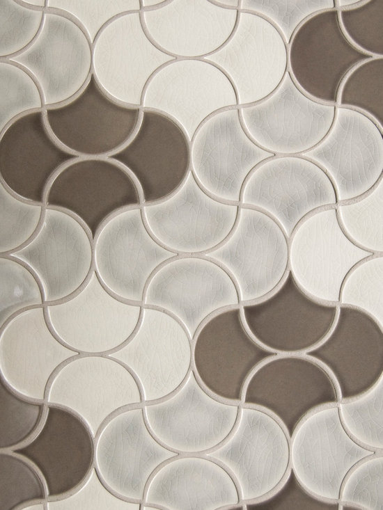 New Releases by Pratt and Larson - MO-FNSBSmall Fan Pattern B, Netted in glazes W90, W91, S15
