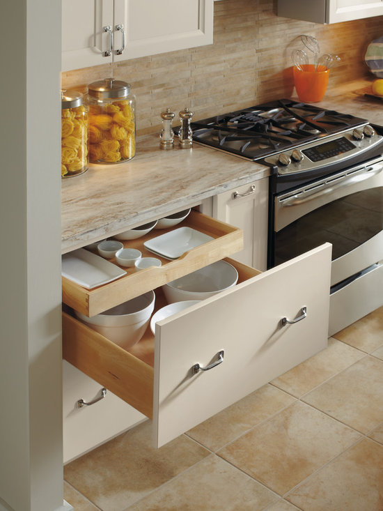 Dynasty Drawer Base with Roll Out Trays -