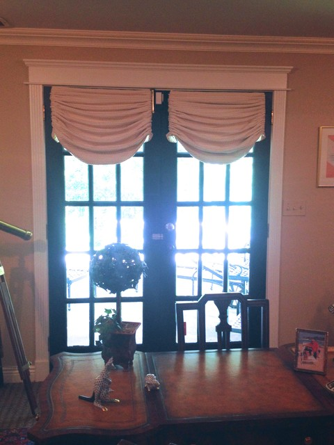 Swags and Valances traditional-valances